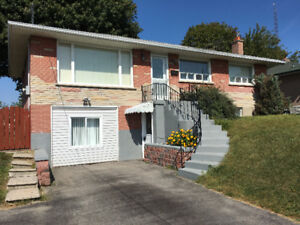 BRIGHT AND SPACIOUS 3+1 BDRM OSHAWA HOME FOR RENT