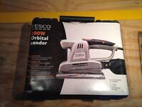 Tesco 200w half sheet sander
