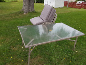 Large patio table and 4 chairs