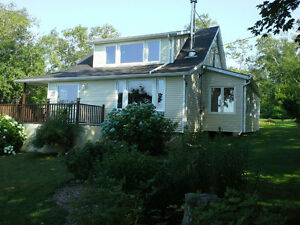 NOVA SCOTIA  HOME/COTTAGE BY THE SEA Cornwall Ontario image 8