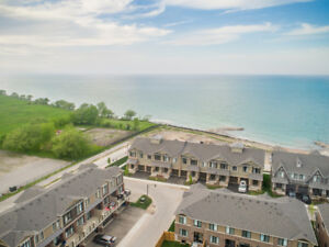 72 Waterview Lane - For Lease