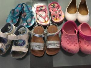 Size 6-7 girl toddler summer shoes & sandals