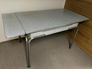 Vintage chrome and arborite kitchen table
