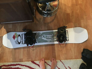 2017/18 Ride Kink 151cm & Ride Preston Bindings