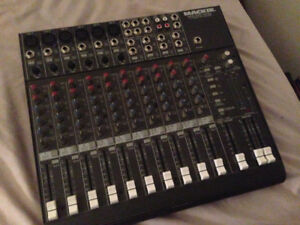 Mackie MicroSeries 1402-VLZ 14 Channel Mixer