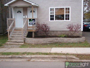 Large 2BR Duplex Close to down town area.