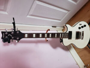 Selling Ibanez guitar, stand, capo, fender strap and tuner