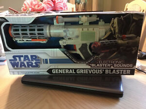 STAR WARS Electronic GENERAL GRIEVOUS' BLASTER *New*