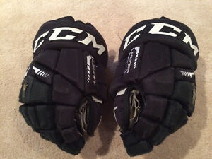 CCM Ultra Tacks Gloves (Junior size 12 inch)