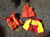 3 Kids life jackets - almost new!