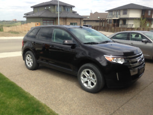 2014 Ford Edge SEL in excellent condition!