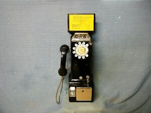 AUTHENTIC NORTHERN ELECTRIC PAY TELEPHONE FROM THE 1960's