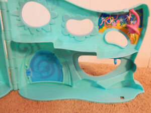 Littlest Pet Shop: Store and pet home Kitchener / Waterloo Kitchener Area image 4