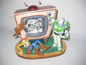 Disney, Toy Story 2, Jessie on the Television, Snow Globe