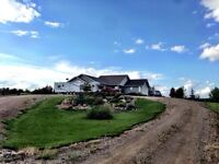 Beautiful acreage 2 minutes to Lloydminster (SK side)