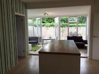 Stylish 4 double beds, 5 minutes to (NR4 7JF) UEA (would consider student let)