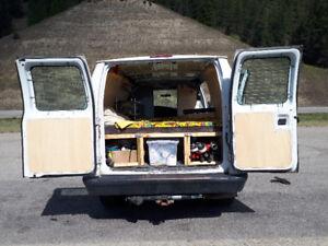 2007 Ford E-250 Super Duty (V8 4.6L) 'camperized' cargo van