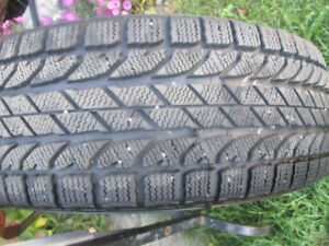 WINTER TIRES   225 / 60 /17  LIKE NEW