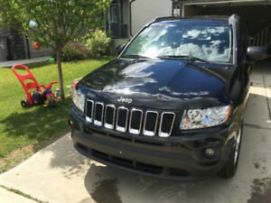 Nice black Jeep Compass 2012  one owner 40,500km