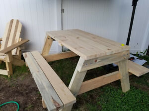 Custom Wood Flower boxes/Chairs/Picnic Tables/Coffee Tables