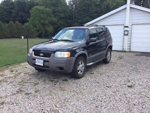 2002 Ford Escape  4x4  great winter beater call 5195502080