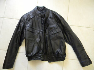 Men's Black leather jacket. Size Large REDUCED
