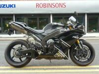 2008 YAMAHA YZF R1 IN BLACK WITH EXTRAS