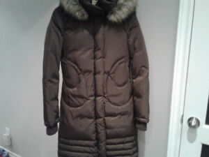 Ladies Soia and Kyo brown down filled winter coat
