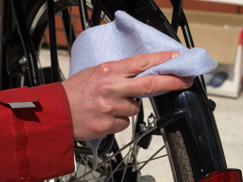 How to Clean Bike Parts