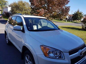 2010 Toyota RAV4 Limited Edition SUV, Crossover West Island Greater Montréal image 3