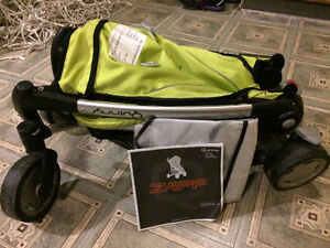 Quinny ZAPP folding stroller in excellent condition BARGAIN West Island Greater Montréal image 3