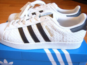 Brand new with Box Men Adidas Originals Superstar shoes/sneakers