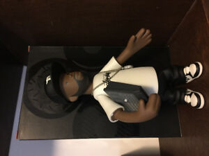 Hip Hop Legendary producer Jdilla x stussy figurine (rare).