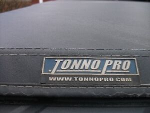Tonneau cover for truck box