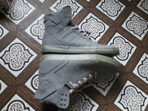 Mens 11 Supra shoes