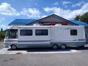 1998 National Dolphin RV motorhome