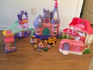 Girl's fisher price little people toys. AVAILABLE