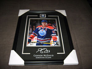 CONNOR McDAVID FRAMED 8x12 PRINT