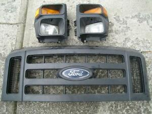2008 2009 FORD F 250 350 450 550 HEADLIGHT ASSEMBLY PAIR Peterborough Peterborough Area image 2