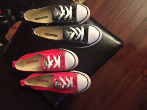 Converse-2 pairs-size 6-2 for $20