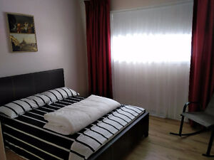 chambres a louer jours-semaines/rooms for rent days-weeks