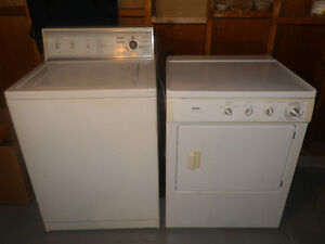 KENMORE WASHER + DRYER IN GOOD WORKING CONDITION.