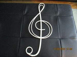 "22"" Wicker Treble Clef for Sale"