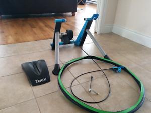 Support d'entraînement (trainer) Tacx Blue Matic