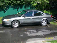 2001 Ford Taurus a/c Berline