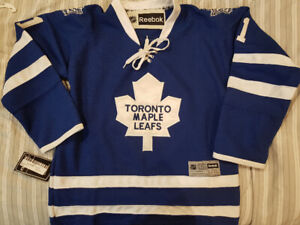 34c3bf66503 Toronto Maple Leafs Jerseys - Youth L XL (Brand New With Tags)