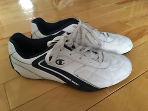 Mens Champion Leather sneekers size 9