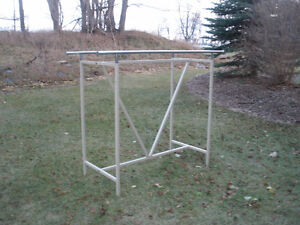 TWO-SIDED ADJUSTABLE CLOTHING RACK London Ontario image 2