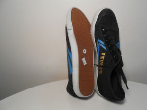 RUNNiNG SHOES- NEW ORiGiNAL FEiYUE SNEAKERS Size 8