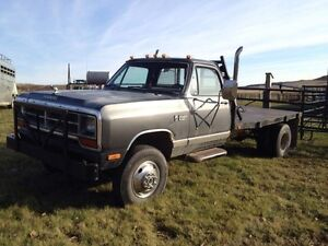 1990 Dodge Power Ram 3500 LE Pickup Truck